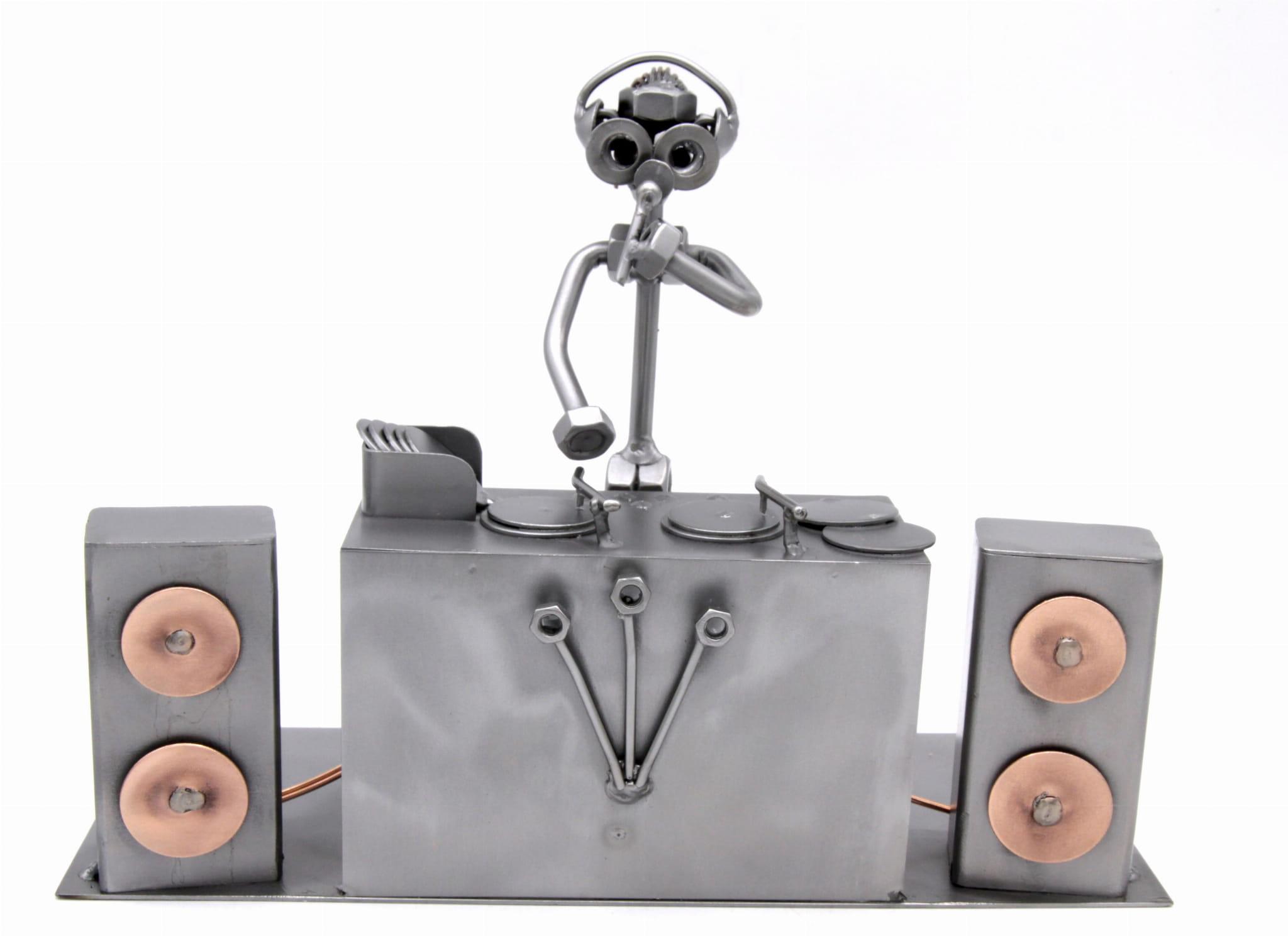 FIGURKA Z METALU - DJ